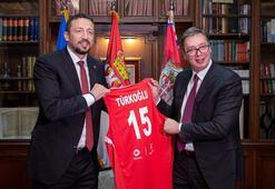 Hidayet Türkoğlu, Sırbistan Cumhurbaşkanı Aleksandar Vucici ziyaret  etti
