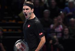 Federer, Djokovici eledi
