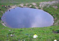 Valiliğin eski haline getirildiğini açıkladığı Dipsiz Göl yok oldu