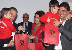 Ahmet Ağaoğlu ve Ünal Karaman özel çocukları ziyaret etti