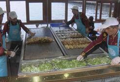 İBBden Eminönündeki balık ekmekçilerle ilgili flaş karar