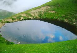 Dipsiz Gölün eski haline dönmesi için kar bekleniyor