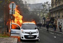 Fransada sarı yeleklilerin dünkü gösterilerinde 254 kişi gözaltına alındı