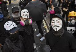 Hong Kongda mahkeme maske yasağını Temel Yasaya aykırı buldu