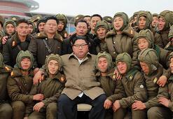 Kuzey Koreden kritik dönemde askeri tatbikat