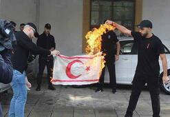 MSBden Güney Kıbrısa bayrak tepkisi