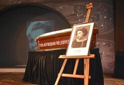 Tiyatrocu Jale Birselle ilgili gerçek cenazesinde ortaya çıktı