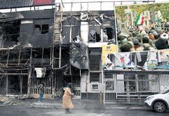İran'da şiddet duruldu geride enkazı kaldı..