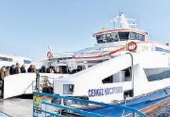 Denizde 15 milyon yolcu taşındı