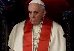 Papayı şoke eden haber Uluslararası yakalama talebi