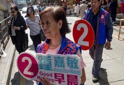 Hong Kongda tarihi seçim Rekor katılım bekleniyor