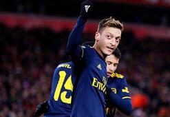 Mesut Özilin gözü Southamptonda