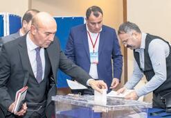Soyer'e iki başkanlık görevi birden
