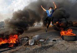 Iraktaki protestolarda kanlı gece: 7 ölü