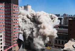 Güney Afrikada 108 metrelik bina yıkıldı