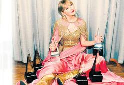 Amerikan Müzik Ödülleri'ne TAYLOR DAMGASI