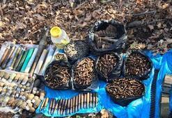 PKKya ağır darbe Bir insana ait kemik parçaları da bulundu