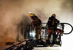 İstanbulda korkutan yangın: Yaralılar var