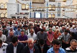 Cuma namazı nasıl kılınır, kaç rekattır Cuma namazı duaları
