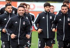 Beşiktaş sağanak altında çalıştı