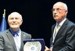 Uşak Üniversitesi Sezgin'i yaşatıyor