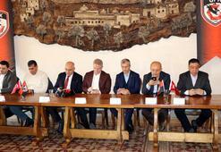 Gaziantep FKda Gaziantep Tek Yürek Kırmızı Siyaha Tam Destek kampanyası