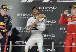 Sezon Hamiltonın zaferiyle kapandı