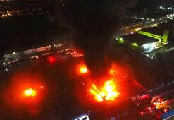 Bolu ve Sakaryadan destek geldi Düzcede büyük fabrika yangını