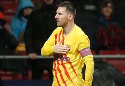 Barcelonaın Arjantinli yıldızı Lionel Messi Ballon dOr 2019u kazandı.