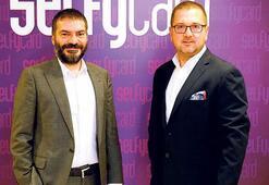 Türk Telekom'dan gençlere Selfycard