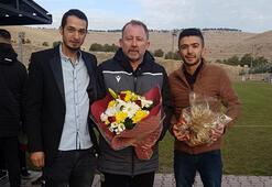 Yeni Malatyaspor'da kayısı ikramlı antrenman