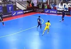 Futsal maçında alkış alan organizasyon...