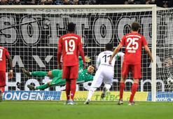 Mönchengladbach, Bayern Münihi devirdi