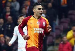 Galatasarayda Falcao sürprizi
