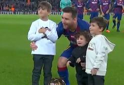 Messi 6. Ballon dOr sevincini Nou Campta yaşadı