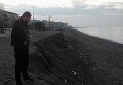 Akçakocada korkutan görüntü Kumsal 3 metre aşağıya indi