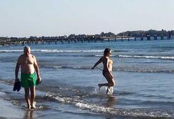 Burası Türkiye... Aralık ayında denize girdiler
