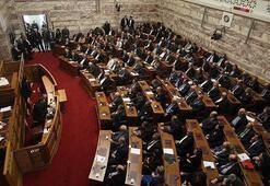 Yunanistan Parlamentosunda İslama hakaret