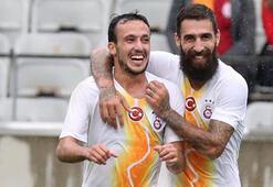 Galatasarayda imza krizi Oynamama nedenleri...