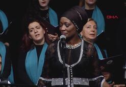 ABDli sanatçı Della Miles, Şeb-i Arusda ilahi söyledi