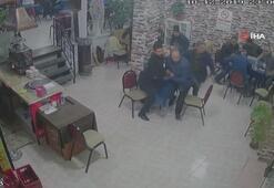 Balıkesirde 4,6 şiddetindeki deprem anı kamerada