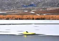 4 ay buzla kaplanan Hafik Gölü ilgi çekiyor