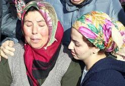 Kazada ölen baba ve 3 çocuğu toprağa verildi