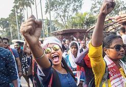 Hindistan'da tepki çığ gibi büyüyor