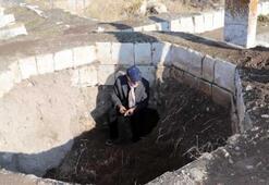 Ercişte Selçuklu Mezarlığı definecilerin hedefi