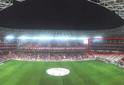 Antalyaspor, kazada ölen taraftarların adını misafir tribününe verdi