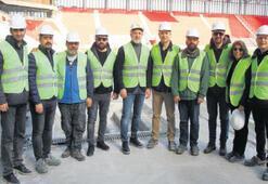 TSYD İzmir Şubesi'nden Göz Göz'ün evine ziyaret