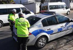 Gercüşte trafik polisi, eşine ceza kesti