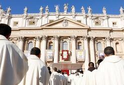 Vatikan çalkalanıyor 1000in üzerinde cinsel istismar şikayeti...