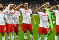 Son dakika- UEFAdan 16 milli futbolcuya kınama cezası